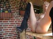 Stiefelfick auf der Terrasse