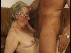Deutsche Oma braucht einen Fick