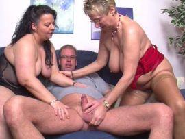 Angie will einen Dreier mit einer weiteren Frau
